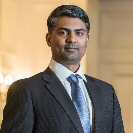 Ambassador Headshot Dinesh Sekar