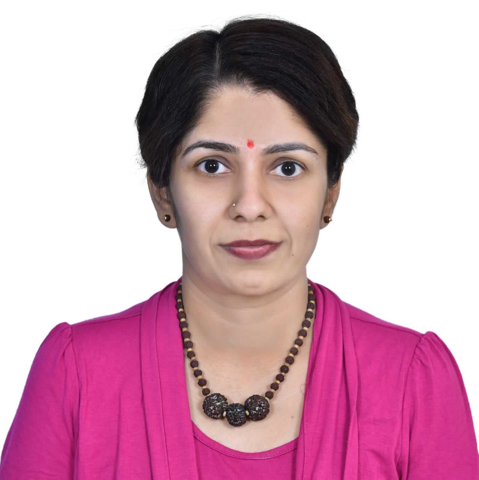 Ambassador Headshot Lavanya Profile