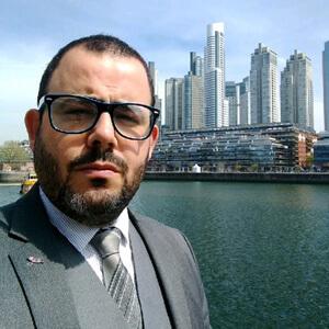 Ambassador-Headshot-Luciano-Moreira-da-Cru