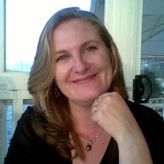 Ambassador Headshot Simone Jo Moore